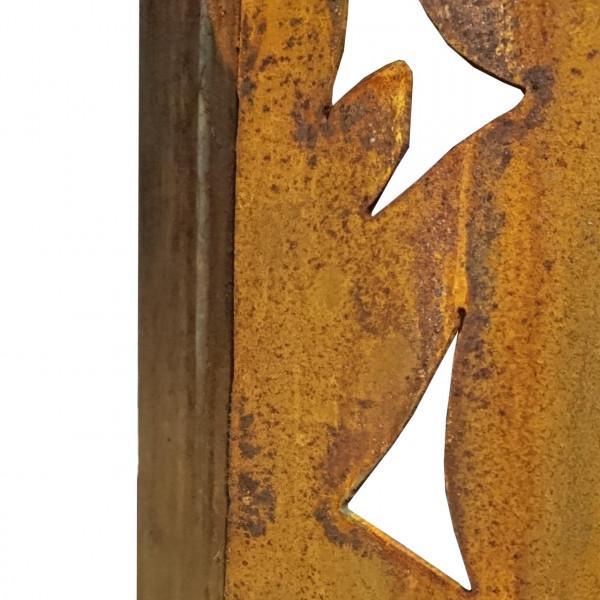 Sichtschutzwand aus Rost mit Battwerk