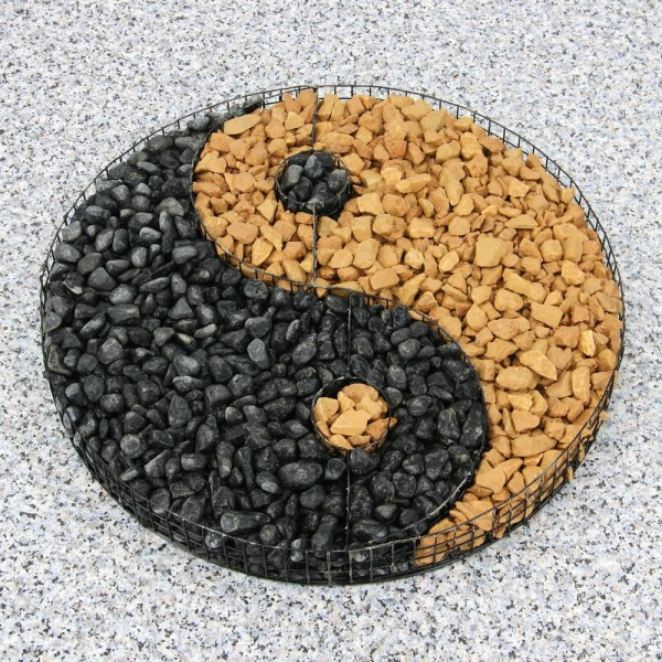 formgitter yinyang schwarz  beet und grabdekoration