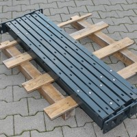 Pfosten 1230 mm - HS mit angeschweißten Bodenplatten