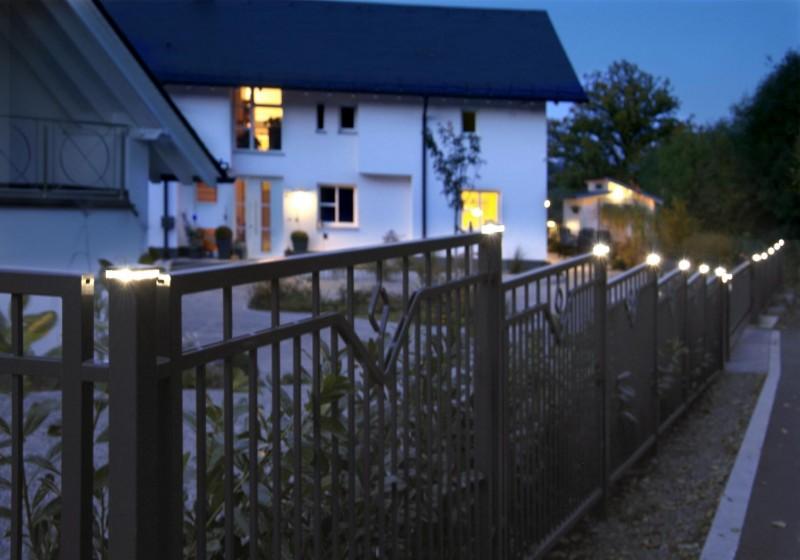 beleuchtung zaunpfosten abdeckkappen zubehoer f r den au enbereich zaunbau zubeh r. Black Bedroom Furniture Sets. Home Design Ideas
