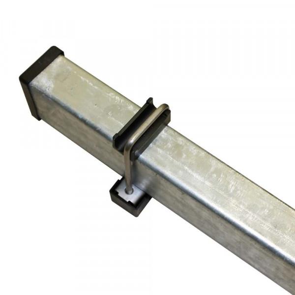Pfosten mit Metallbügel, Stahlbügel mit Gewinde