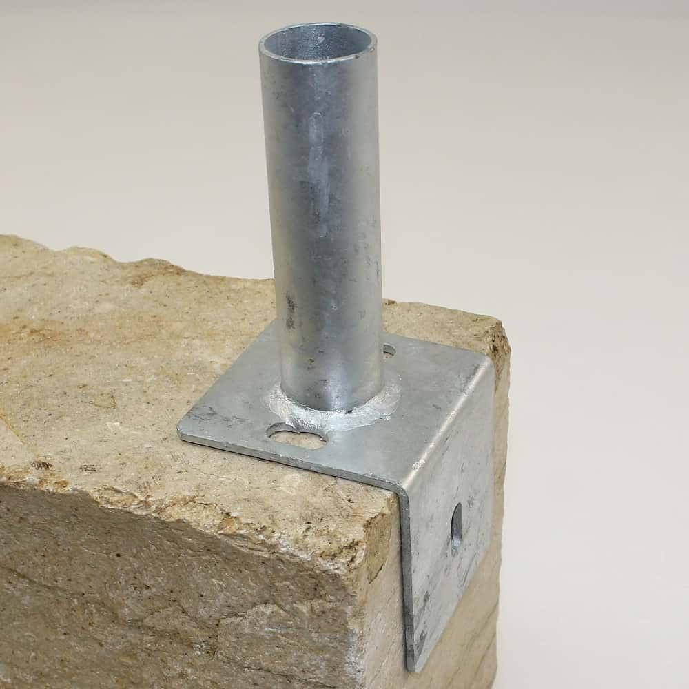 Bodenplatte Fur Rundpfosten 42mm Auf L Steine Kurz Verzinkt