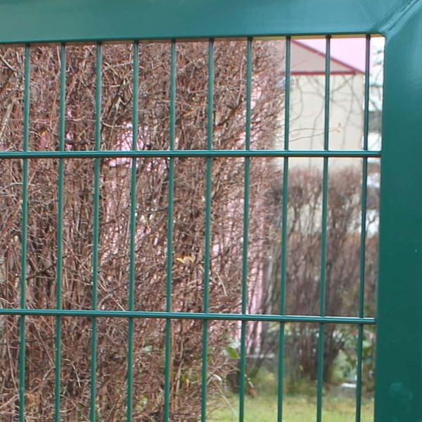 Tor mit umlaufenden Rahmen und eingeschweißter Gittermatte