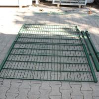 Toranlage LGT alt 3000 x 1000 mm grün 2-flgl