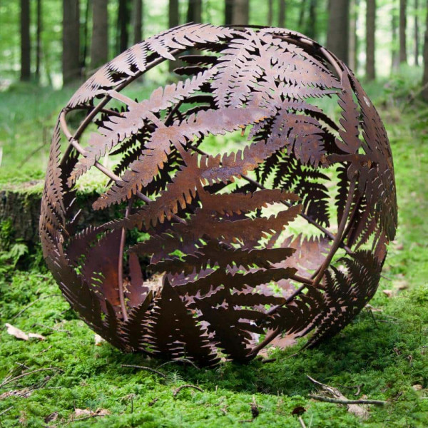 Rost Gartenelemente Deko Kugel Blätterranken Farn